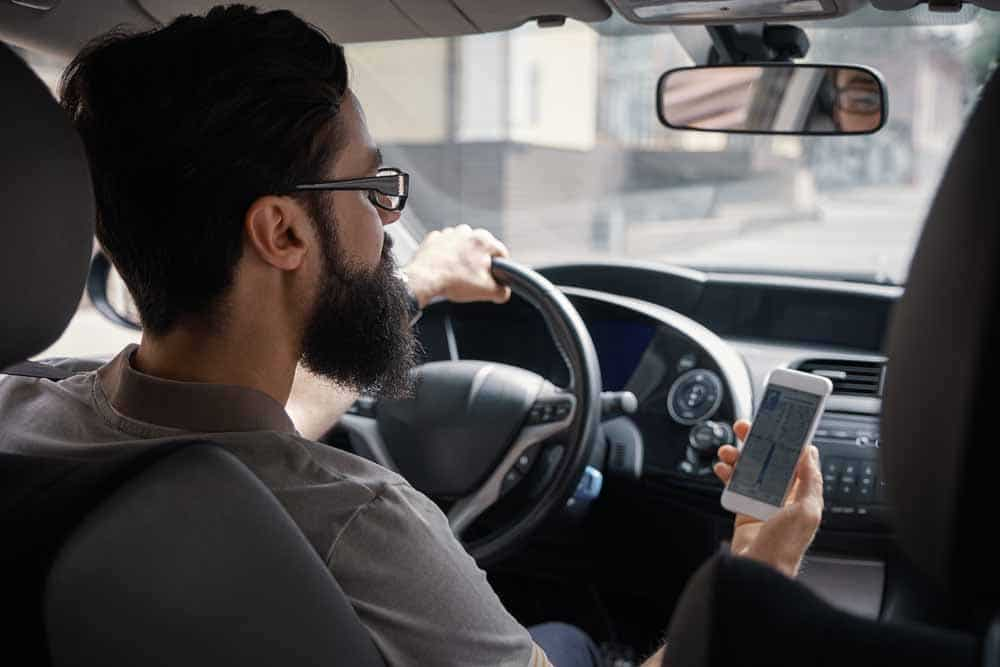 Do Not use Mobile while Driving