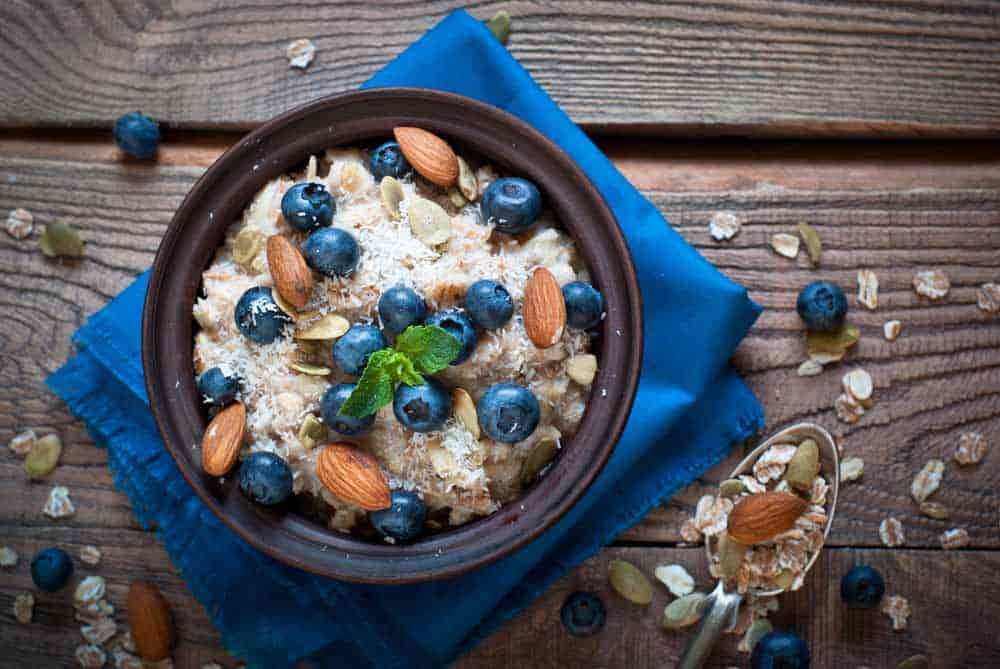 oatmeal-with-blueberries